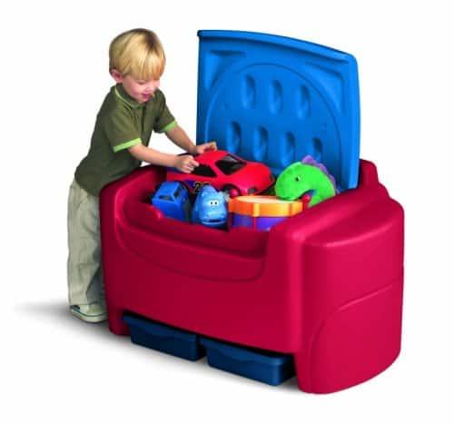 Cómo organizar los juguetes: use un baúl de juguetes