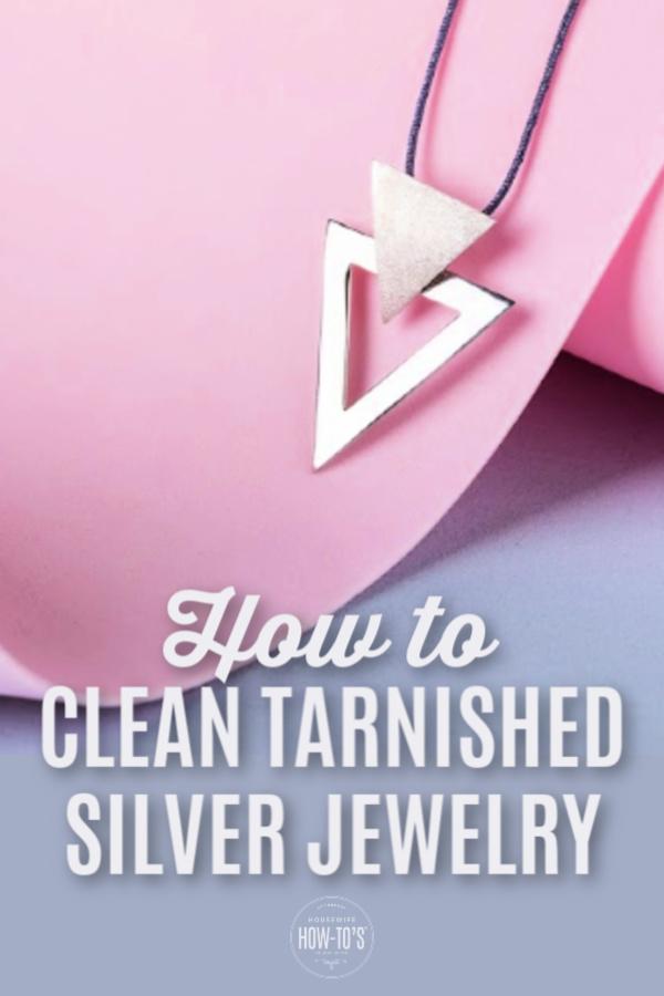 Cómo limpiar joyas de plata deslustradas en casa
