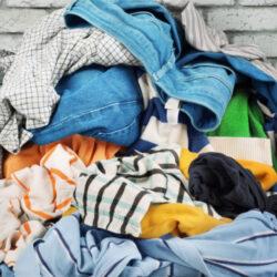 Clasificar la ropa la ropa sucia