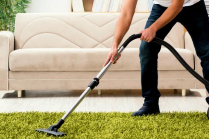Cómo conseguir que la familia ayude a limpiar la casa