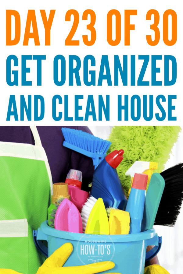 Organización de suministros de limpieza: descubra qué debe guardar y dónde guardarlo en el día 23 de esta serie gratuita de organización del hogar #limpieza #getorganized #cluttercontrol #homeorganization